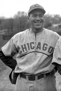 Roy_Hughes_(1945_Cubs)_2