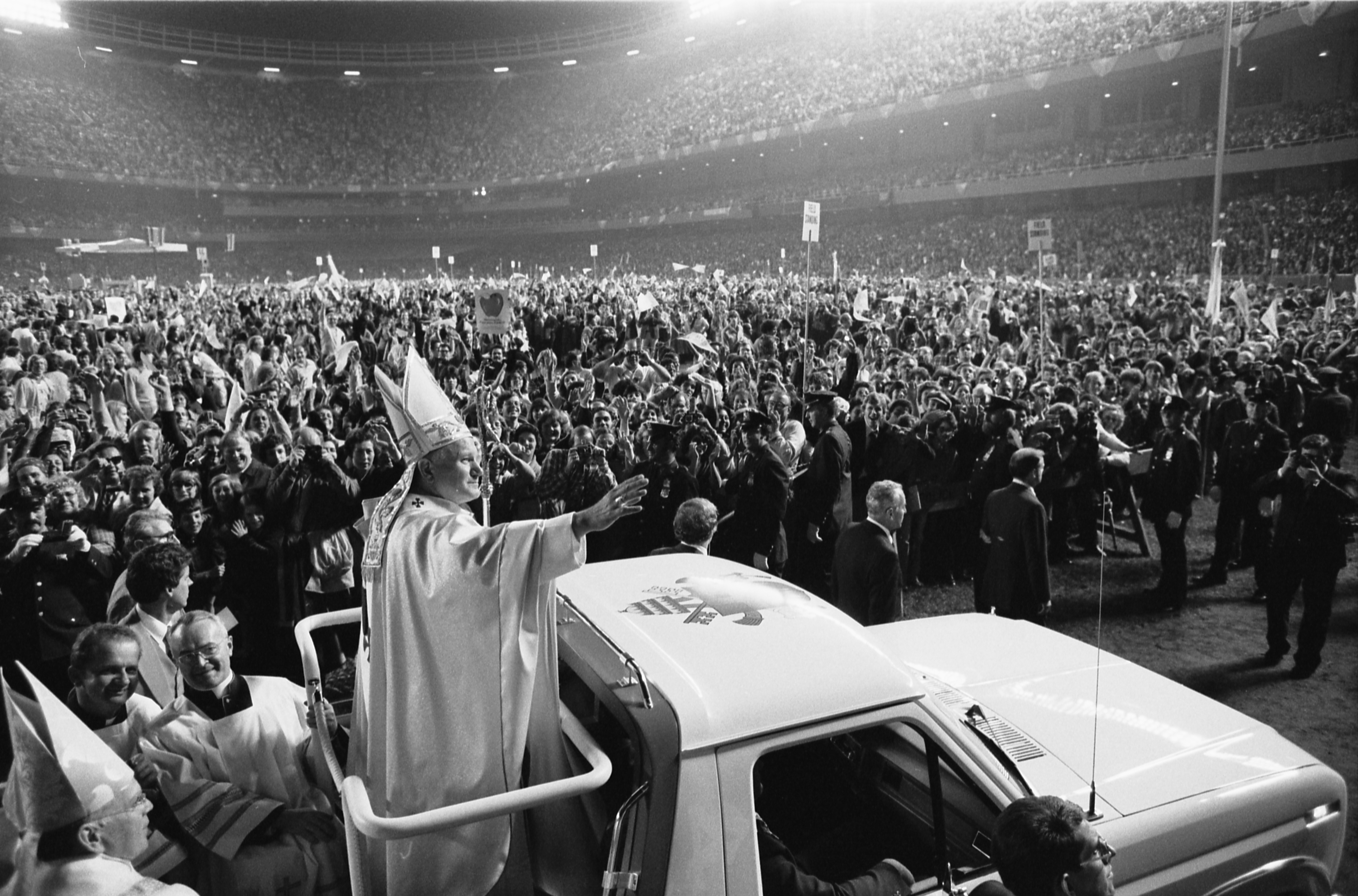 the 1983 visit of pope john Pope john paul ii ad limina visit june 13 in his private library at the vatican 1983) john paul ii genetic manipulation medical physicians.